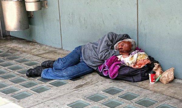 Homeless-in-LA-Apr-7-2014-from-it.paperblog.com_-629x372